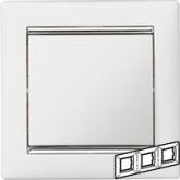 Legrand Valena Белый/Серебряный штрих Рамка 3-ая горизонт. (770493), 770493, 722.40 р., 770493, Legrand, Розетки и выключатели