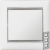 Legrand Valena Белый/Серебряный штрих Рамка 3-ая вертикал. (770497)